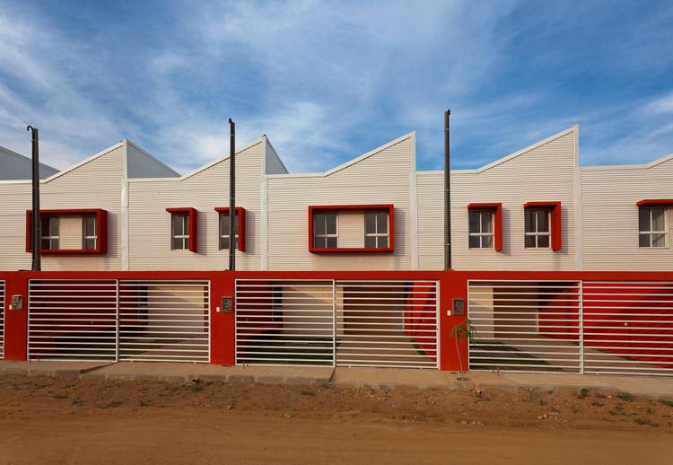 """""""Habitação popular é um exercício de fazer mais com menos"""": Entrevista com Jirau, Residencial Clodoaldo Sampaio / Jirau Arquitetura. Foto © Antônio Preggo"""