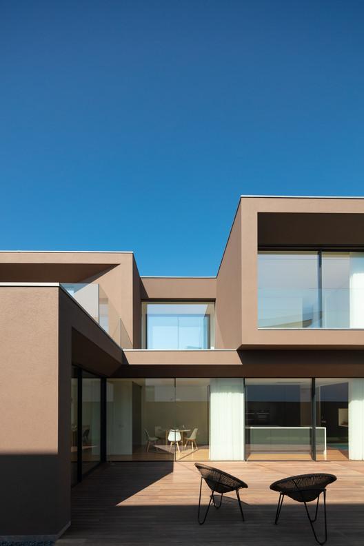 Beiriz House / Raulino Silva