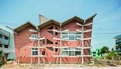 Biblioteca Nacional Sewa Samithi / Anupama Kundoo Architects