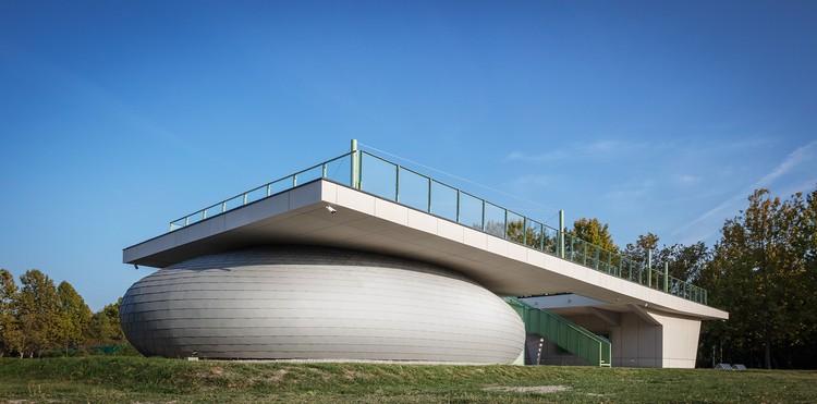 Centro Comunitario The Zam! / Studio A4, © Tamás Bujnovszky