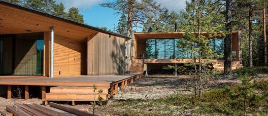 Villa Ryysyranta II / PAVE Architects