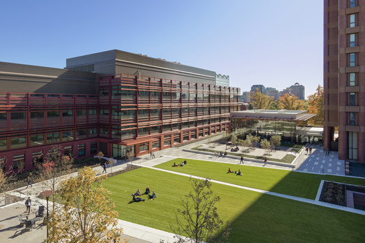 Yale Science Building / Pelli Clarke Pelli Architects + Stantec