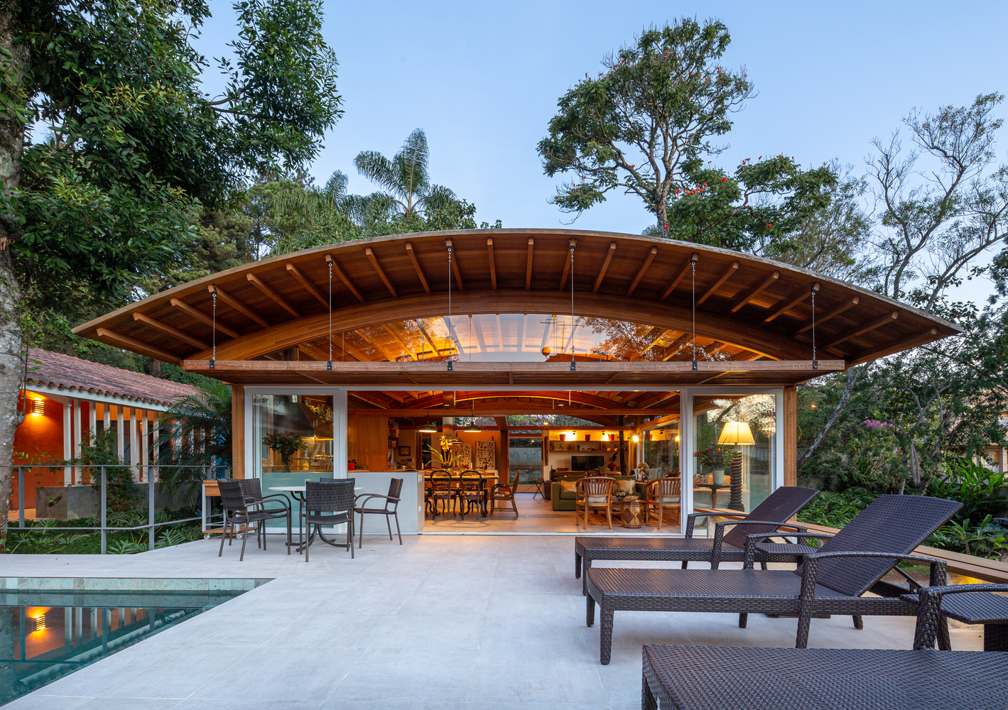Casa Granja Viana / Gui Paoliello Arquiteto