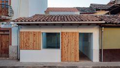 Restaurante del Centro / Iván Quizhpe Arquitectos