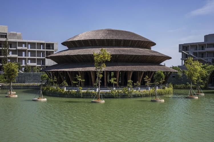 Vedana Restaurant / VTN Architects, © Hiroyuki Oki