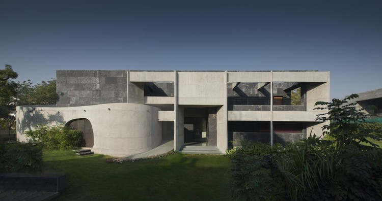 Stripped Mobius House / Matharoo Associates, © Bharat Aggarwal