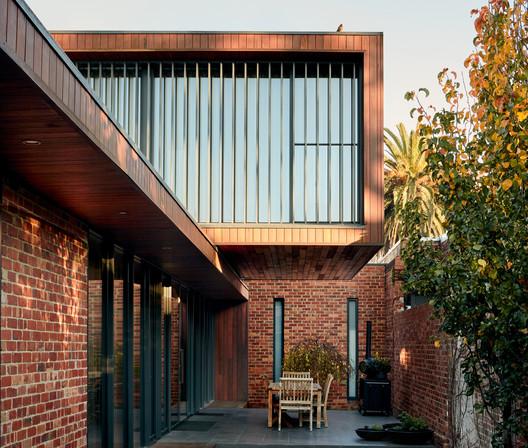 Canning Street House / Riofrío Carroll Architects