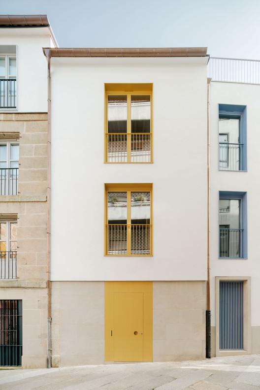 Public Housing Vilar 3 / Müller.Feijoo