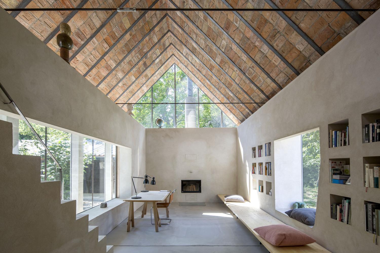 Os melhores projetos de arquitetura de 2020,© Tomáš Manina