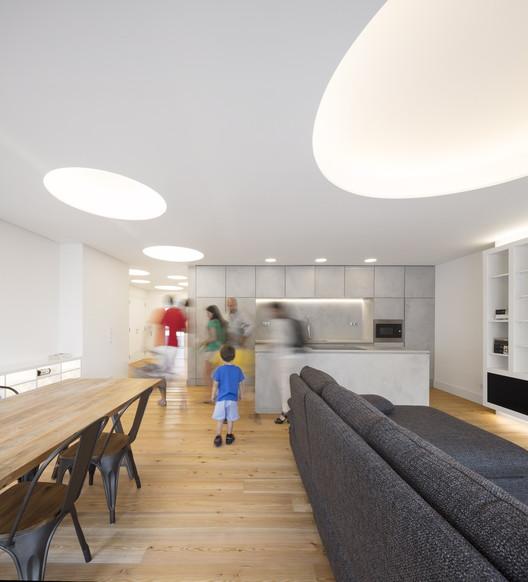 Apartamento RFV / João Tiago Aguiar Arquitectos, © Fernando Guerra | FG+SG