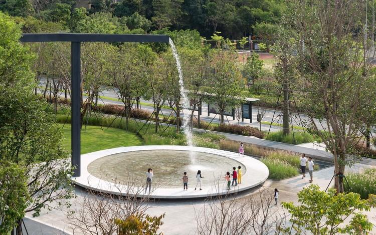 Sete atributos dos parques que beneficiam economicamente as cidades , Parque Urbano Shenzhen Shenwan / AUBE CONCEPTION. Foto: © Tianpei Zeng