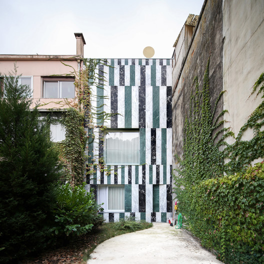House In Rua do Paraíso / fala. Image © fala