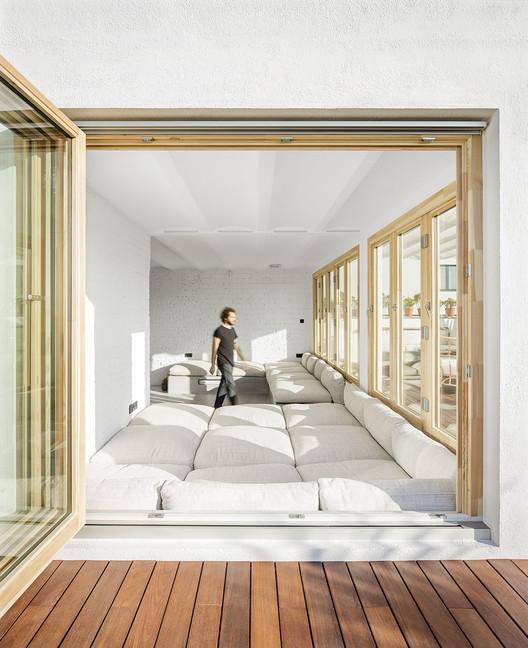 Apartment in the Heart of Poblenou / m-i-r-a architecture, © Del Rio Bani