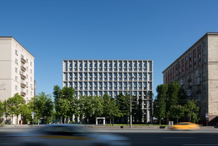 Kutuzovskiy XII Residential Building / Tsimailo Lyashenko and Partners, © Ilya Ivanov