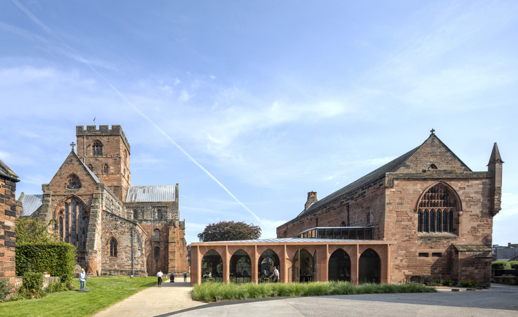 The Fratry Building Renovation at Carlisle Cathedral / Feilden Fowles, © Peter Cook