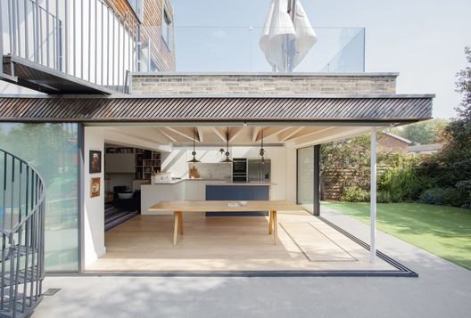 The Rower's House / Loader Monteith Architects