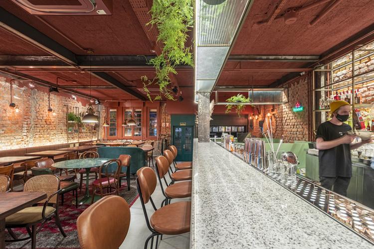 MESA Bar and Restaurant / Laura Mottin Arquitetura, © Gabriel Konrath