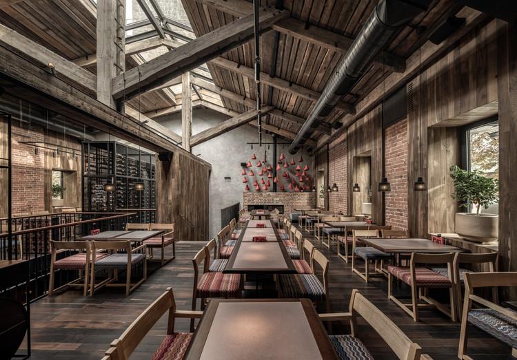 Puri Chveni Restaurant  / YOD Group, © Andrey Bezuglov