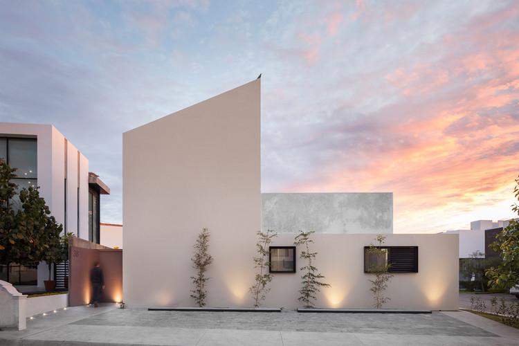 Casa Ruiz  / LR Arquitectura, © Horacio Virissimo