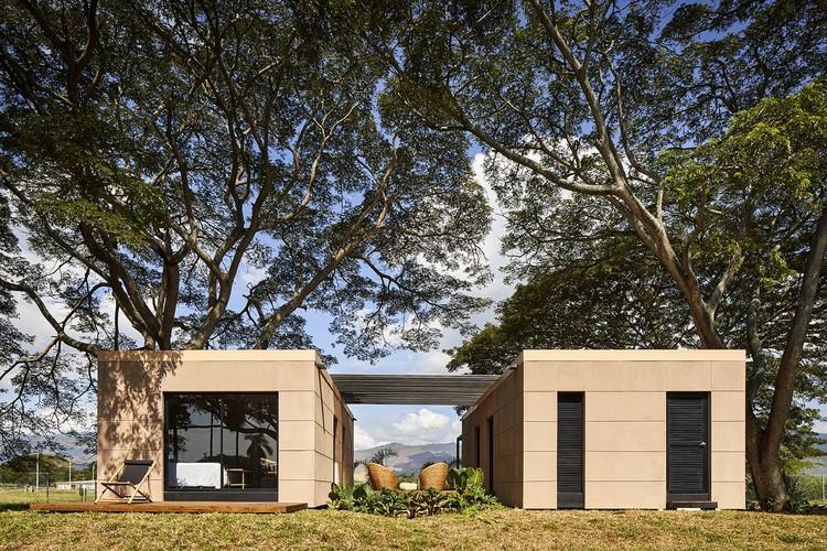 Mon Paradis House / Colectivo Creativo Arquitectos, © Andrés Valbuena