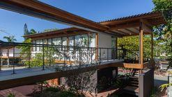 Juquehy Praia Hotel / Piratininga Arquitetos Associados