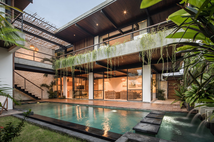 Suncoast Villa / Biombo Architects, © KIE