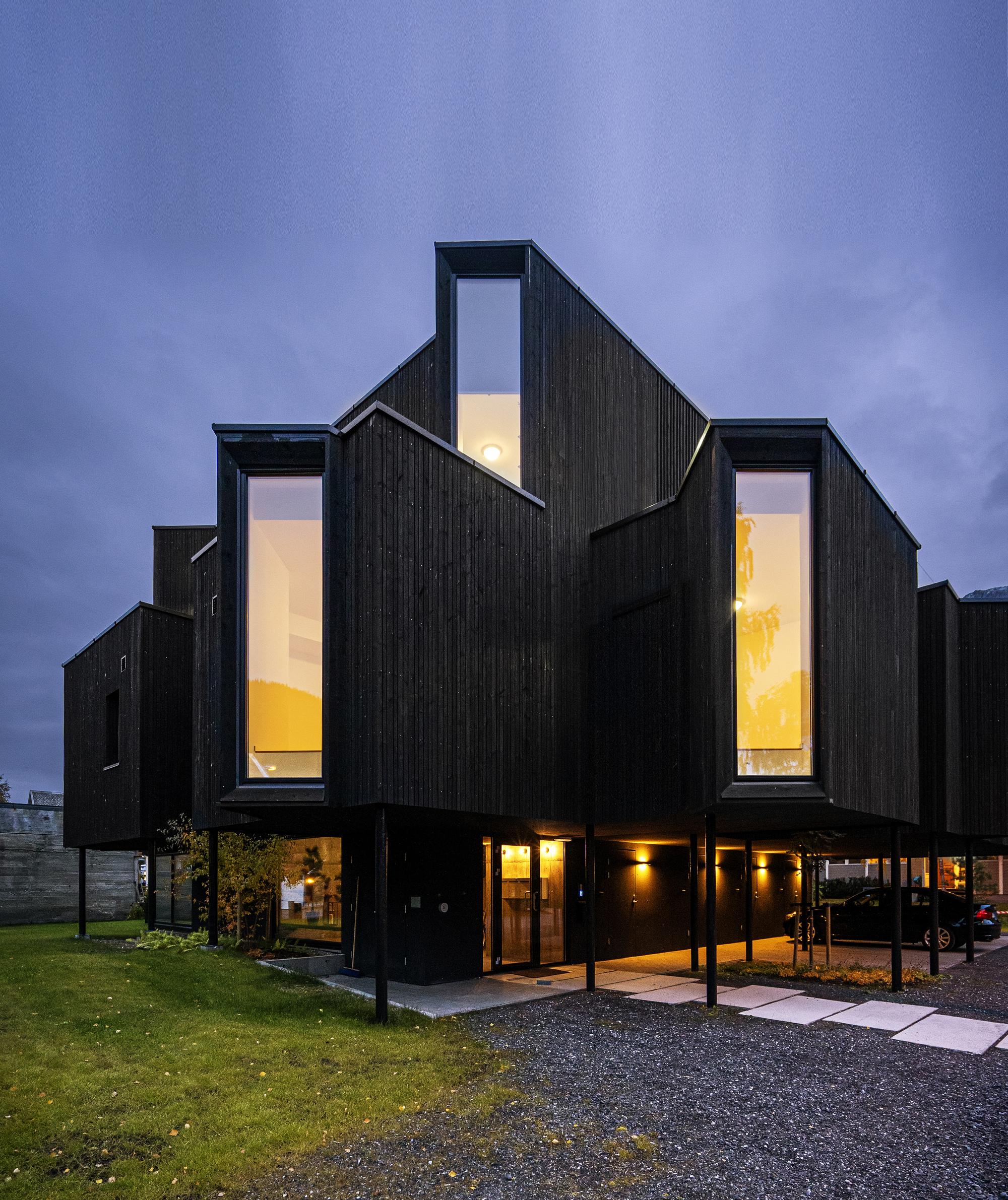 Bay Window House / Atelier Oslo