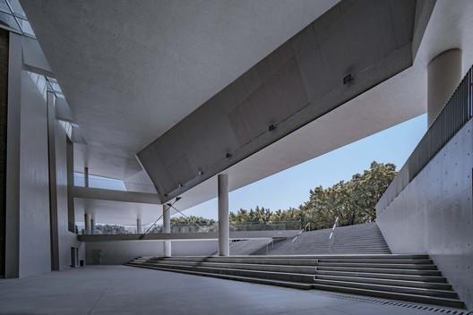 Gymnasium in Zhuhai Campus, Sun Yat-Sen University / BIAD South Center
