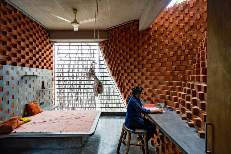 Pirouette House / Wallmakers. Image © Jino Sam
