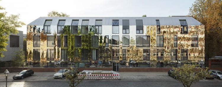 Haus 6 in Berlin / Sauerbruch Hutton. Image © Jan Bitter