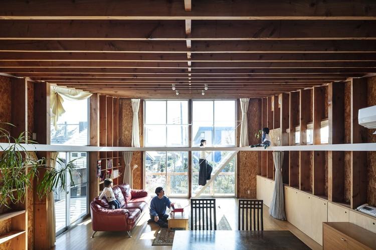 Ceiling and Ellipse House Renovation / MURAYAMA + KATO ARCHITECTURE. Image © Kenta Hasegawa