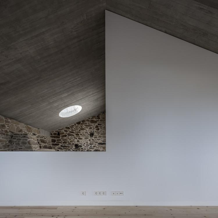 Rehabilitation of a Single-Family Home in Miraflores / fuertespenedo arquitectos. Image © Héctor Santos-Díez