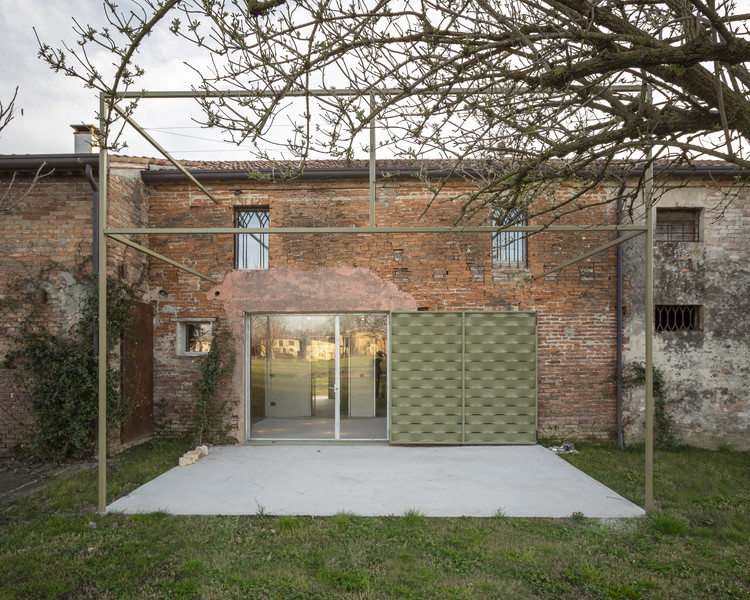 """A Brother, a Sister"" House Renovation  / Bongiana Architetture, © Andrea Anoni"