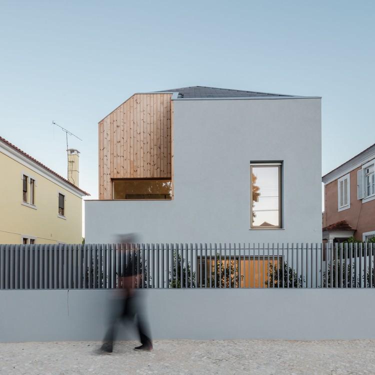Casa Ventura Terra / ComA, Architecture and Design, © João Morgado