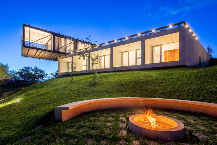 Casa Cigarra / FGMF Arquitetos, © Pedro Mascaro
