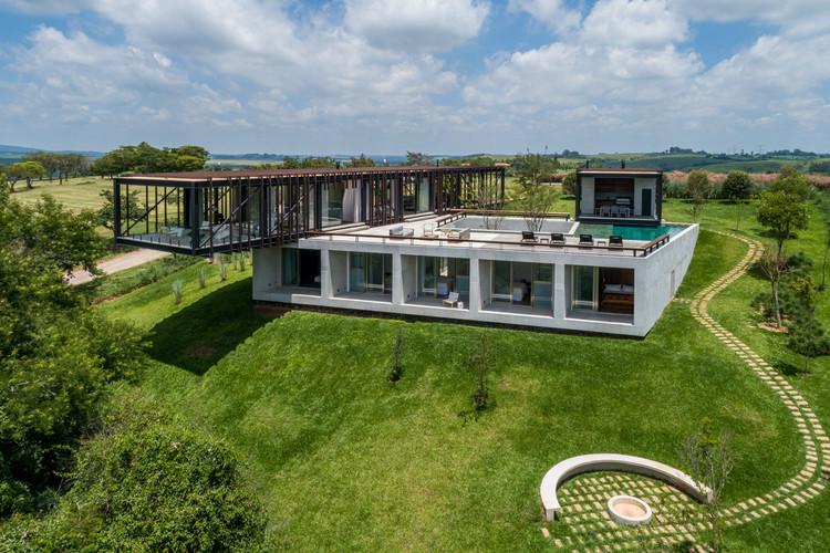 Cigarra House / FGMF Arquitetos, © Pedro Mascaro