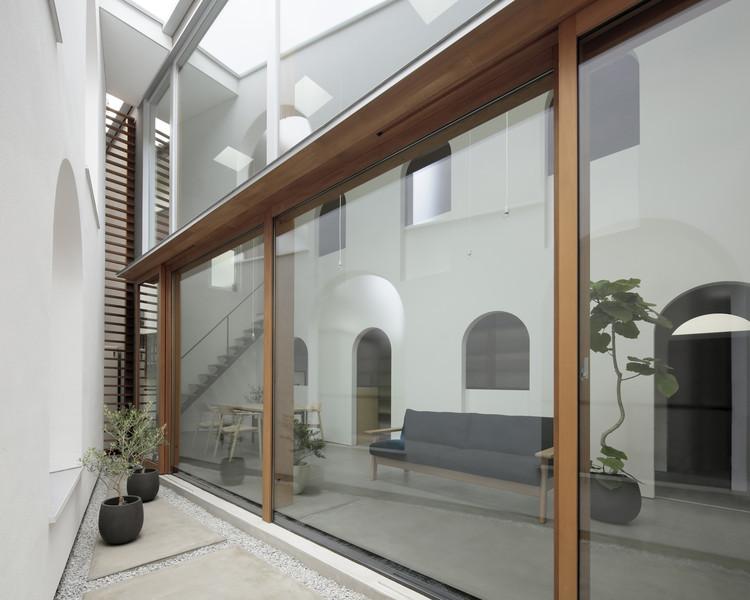 House in Asaka / Toshihiro Aso Design Office, © Koichi Torimura