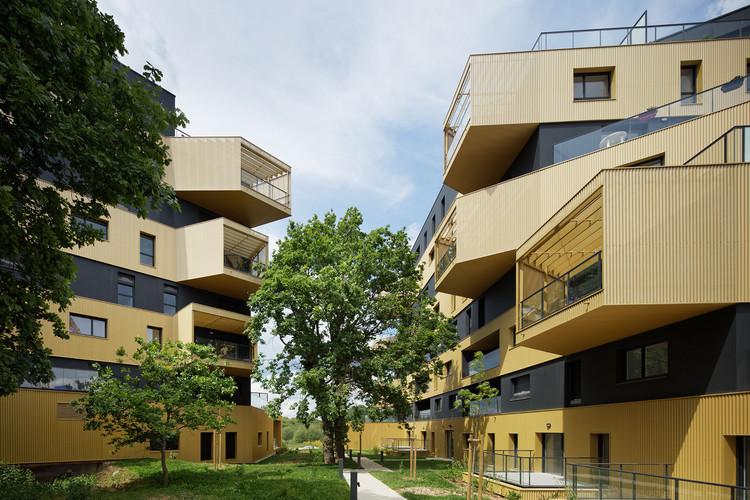 Edifício de Apartamentos L'Equatoria / Christophe Rousselle Architecte, © Takuji Shimmura