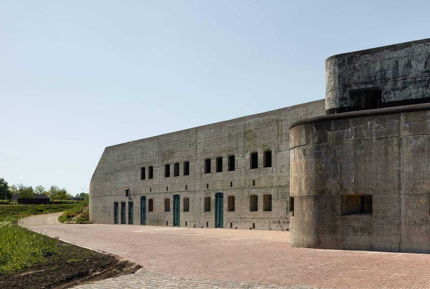 Hoofddorp Fort Island / Serge Schoemaker Architects