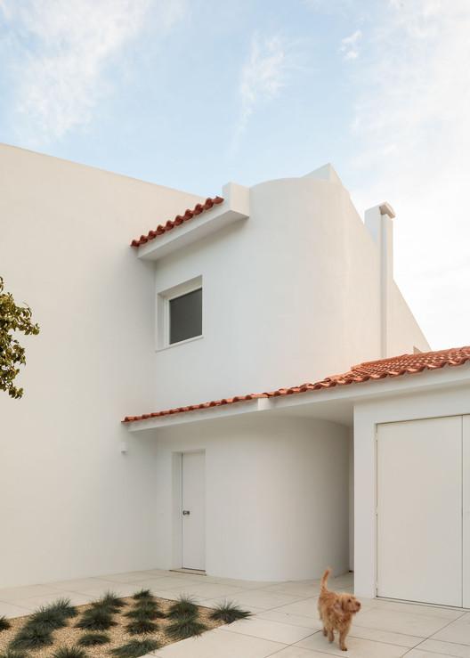 Casa PT / Nuno Nascimento + Mattia Caccin, © Francisco Nogueira