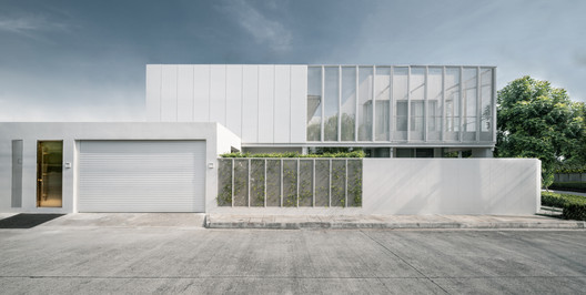 White Canvas House / ACA Architects