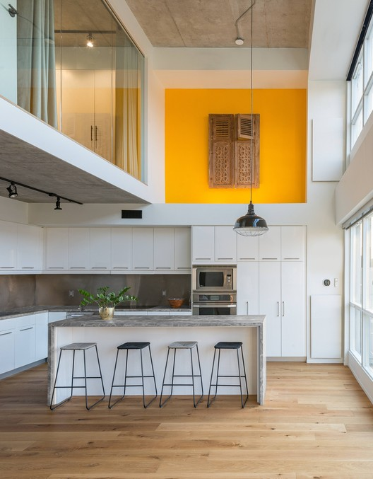 King West Loft / Studio of Contemporary Architecture (SOCA)