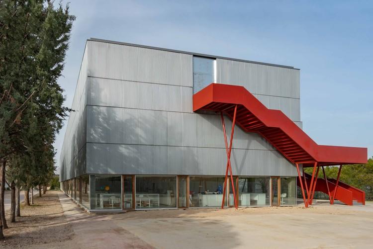 Runnymede College Campus Masterplan / Aulario B / Rojo/Fernández-Shaw , © Luis Asín