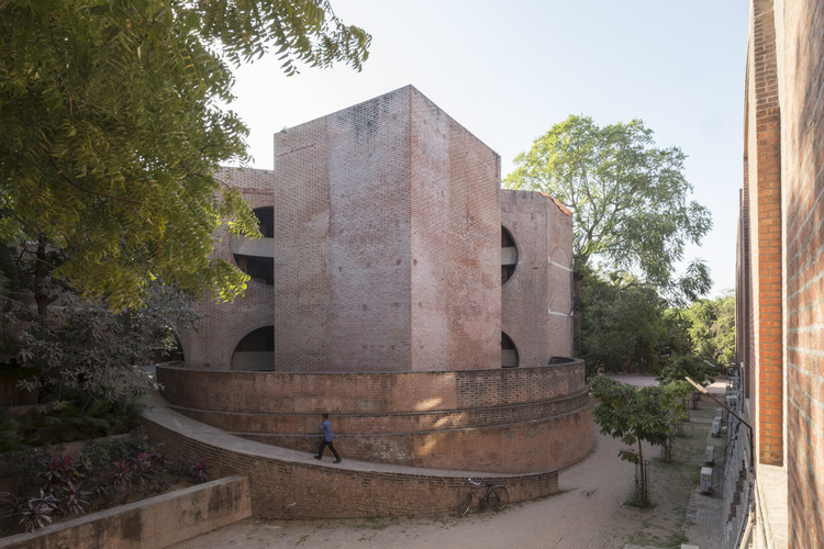 Dormitories Built by Louis Kahn, Part of the Indian Institute of Management in Ahmedabad, Set to be Demolished, © Laurian Ghinitoiu