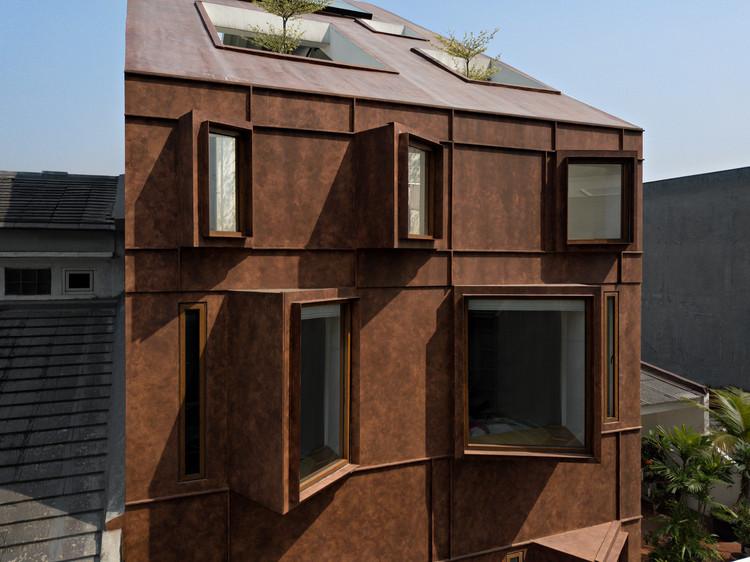 Hotel Odori / Nimara Architects, © Mario Wibowo