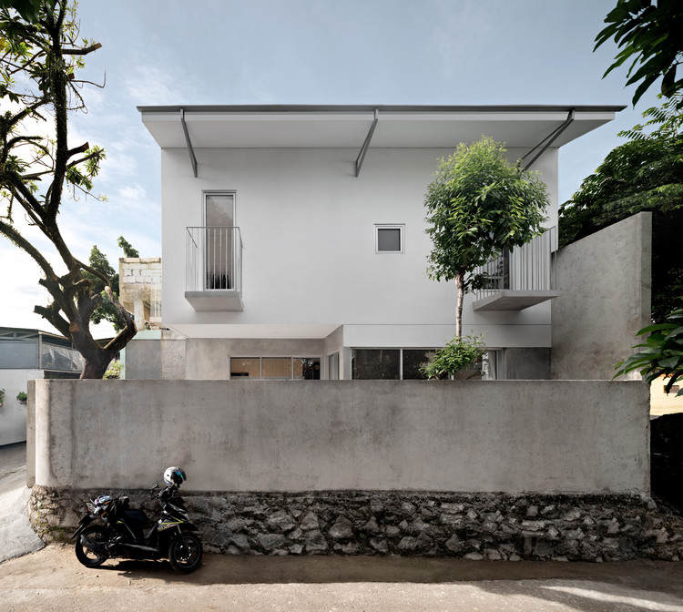 Casa H / sontangMsiregar Architects, © Mario Wibowo
