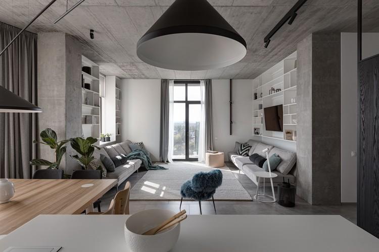 Deep Gray Apartment / Azovskiy&Pahomova architects, © Andrey Avdeenko