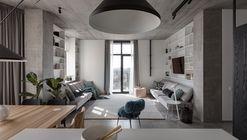Apartamento gris profundo / Azovskiy&Pahomova architects