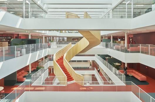 Mälardalen University Campus Eskilstuna / AIX Arkitekter + 3XN