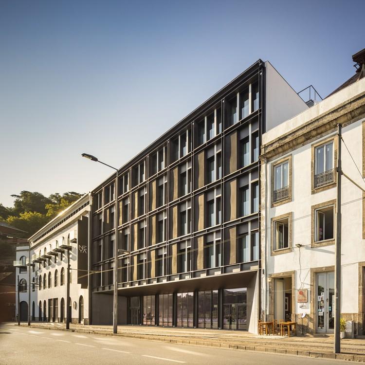 Hotel Neya Oporto / pk Arquitetos + Colectivo ODD, © Fernando Guerra | FG+SG